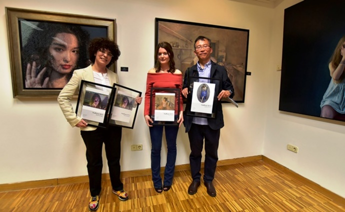 Sala exposiciones Bantierra acoge rostros Modportrait
