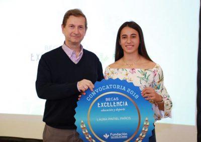 Las Fundación Caja Rural de Aragón entrega las Becas Excelencia al Estudio y Deporte 2