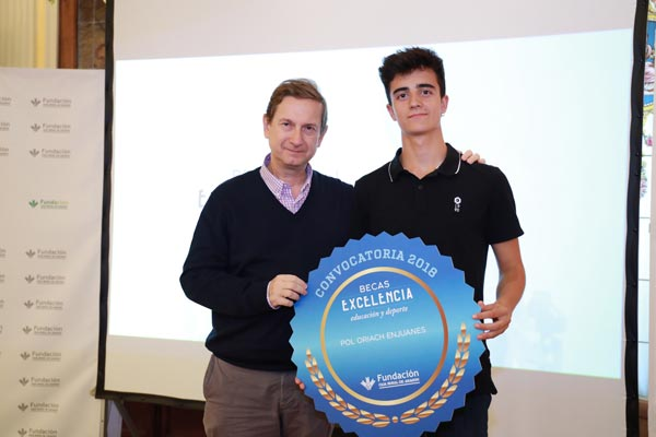 Fundación Caja Rural Aragón entrega Becas Excelencia Estudio Deporte 6