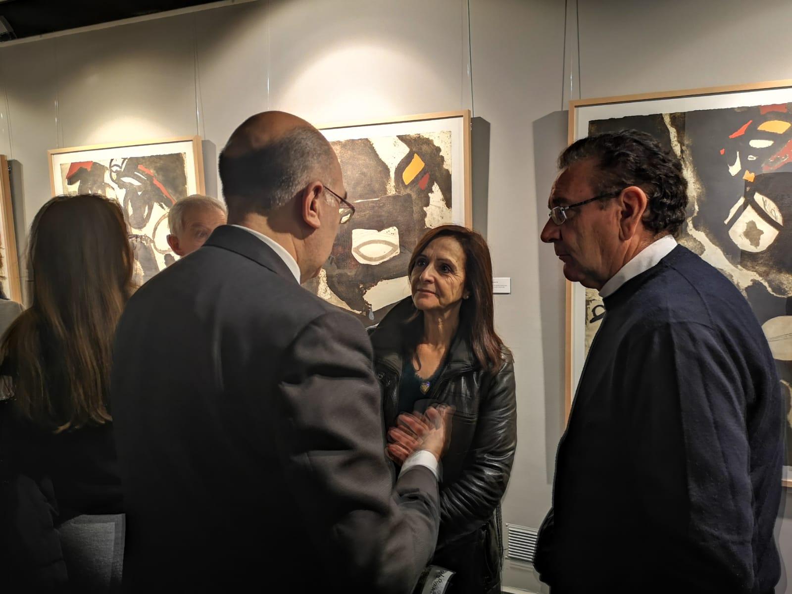 La obra del polifacético Josep Guinovart ya se puede contemplar en la Sala BAntierra del edificio corporativo de Zaragoza 4