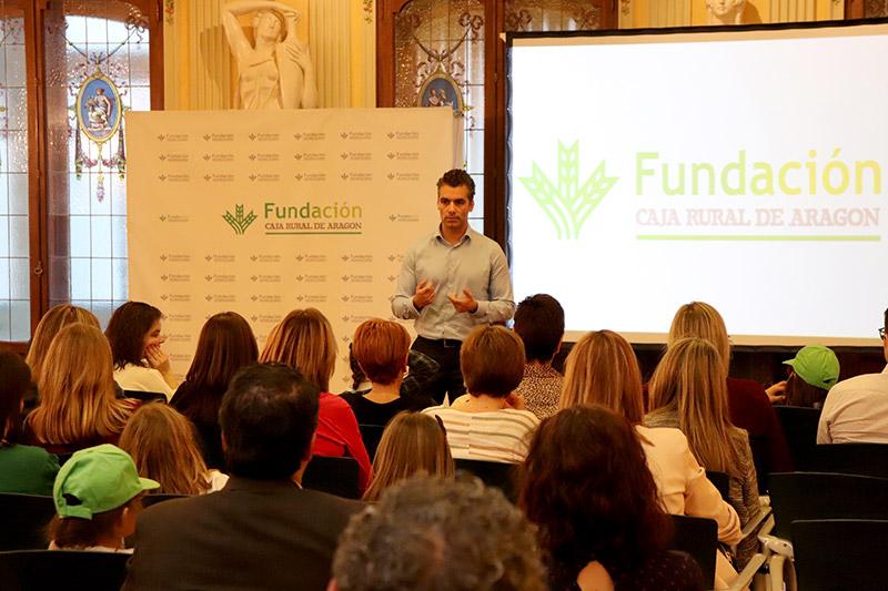 Fundación Caja Rural de Aragón presenta su voluntariado corporativo