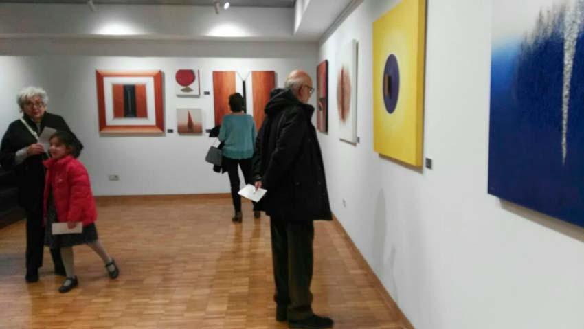 """Pilar Abad Sala Exposiciones Bantierra """"armonía"""" lírica"""