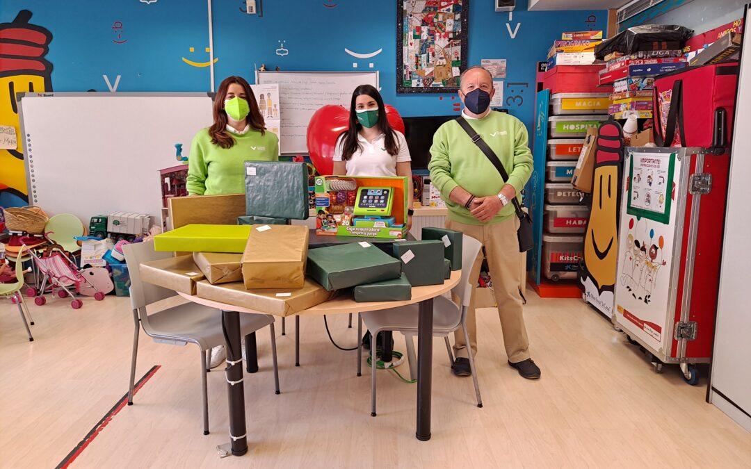 El voluntariado de nuestra Fundación dona juguetes en el Hospital Infantil de Zaragoza